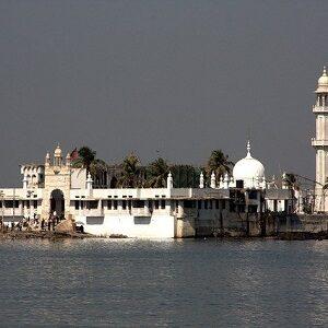 haji-ali-shrine